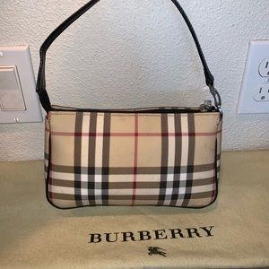 Authentic Burberry nova pochette clutch baguette